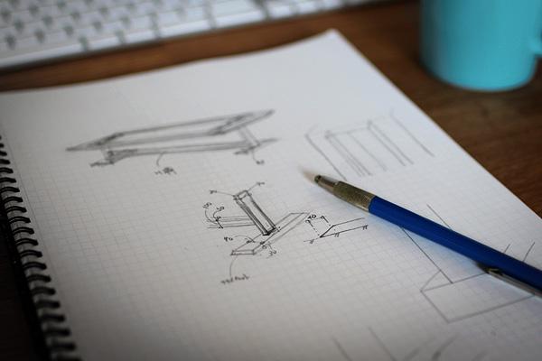 スチール製 テーブルデザイン